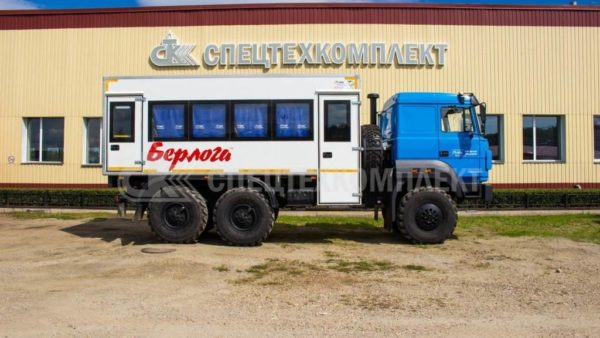 Вахтовый автобус Урал 5557-4512-82