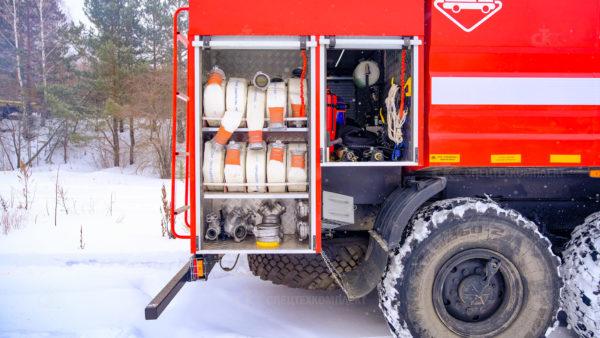 Пожарная автоцистерна АЦ-6,0-70 Урал 5557
