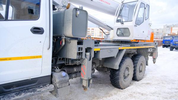 Автокран КС-55732-28 Челябинец