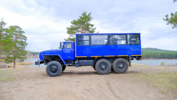 Вахтовый автобус Урал 32551-0013-61